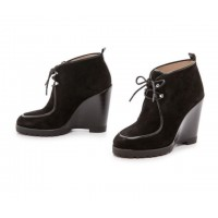 Ботинки замшевые Michael Kors Beth Wedge Lace-Up Ankle Booties Black